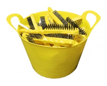 Bucket of 3 Row Wire Brushes Plastic Handle